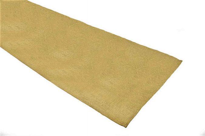 Gold Glitterazzi table runner in a 33 x 183 cm