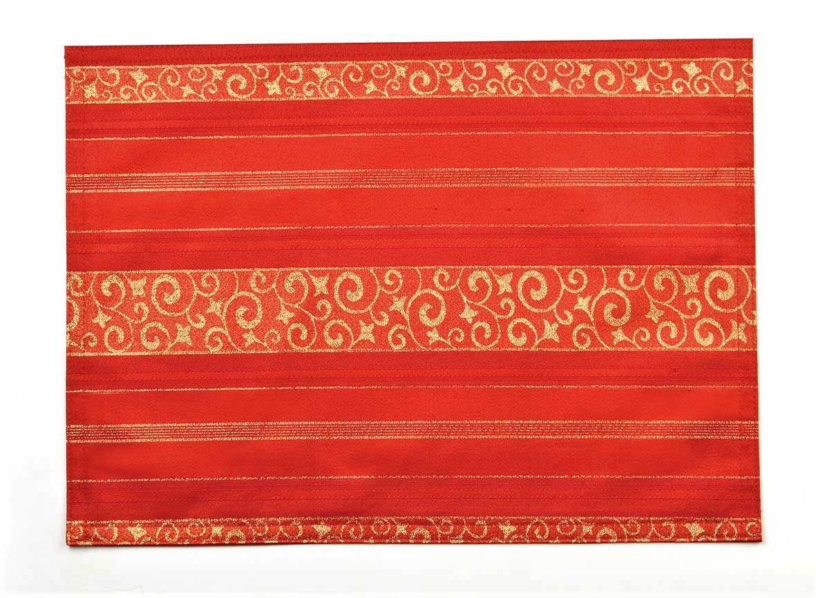 FAB red Christmas placemats