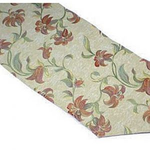Terracotta lily table runner