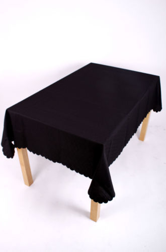 Shell Tablecloth Black 137x229cm Oval