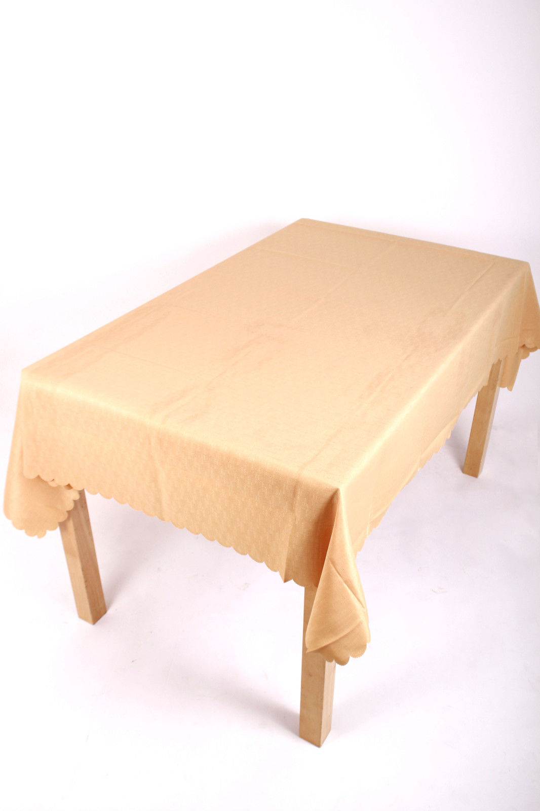 Shell Tablecloth Gold 137x229cm Oval