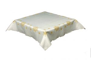 white & gold tablecloth