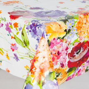 Water colour country flowers vinyl tablecloth